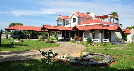 Casas rurales de estilo  de Myriadhues