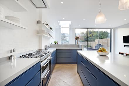 Edwardian meets contemporary; Teddington Family Home: modern Kitchen by PAD ARCHITECTS