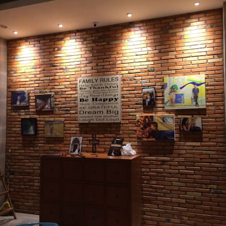 Lighting & Brick :  Koridor dan lorong by Lighthouse Architect Indonesia
