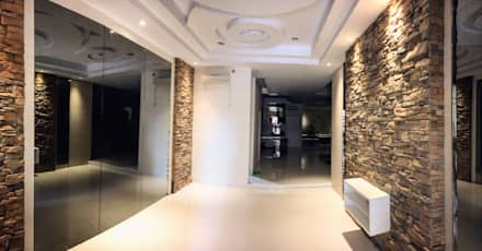Craftstone & Lighting:  Koridor dan lorong by Lighthouse Architect Indonesia