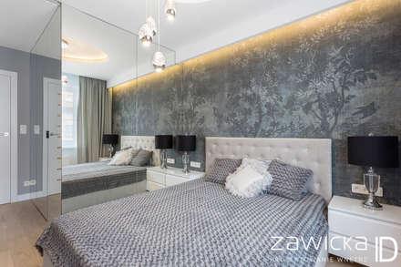 Dom pod Warszawą: styl , w kategorii Sypialnia zaprojektowany przez ZAWICKA-ID Projektowanie wnętrz