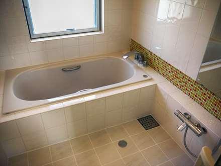 浴室: 株式会社青空設計が手掛けた浴室です。