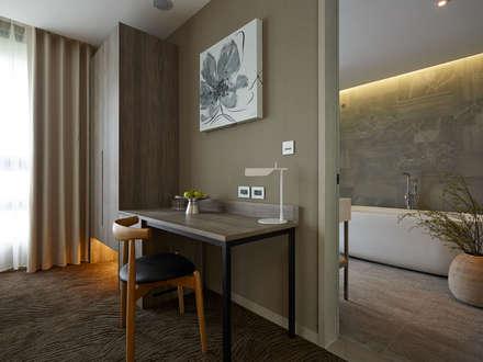 Hoteles de estilo  por 沐光植境設計事業