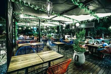 ESCALENO   The BURGBEER CO: Gastronomía de estilo  por María Florencia Funes