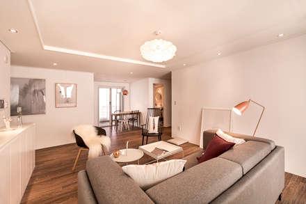 skandinavische Wohnzimmer von 봄디자인