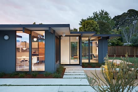 Mid-Mod Eichler Addition Remodel by Klopf Architecture: modern Houses by Klopf Architecture