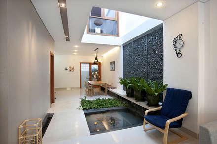 Casitas de jardín de estilo  por Công ty TNHH Xây Dựng TM – DV Song Phát