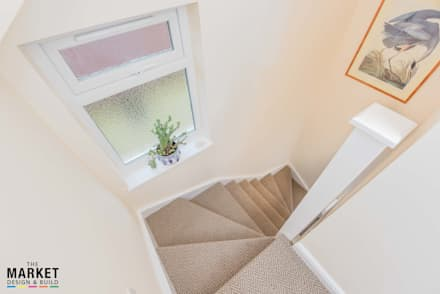 ISLEWORTH LOFT CONVERSION:  Stairs by The Market Design & Build