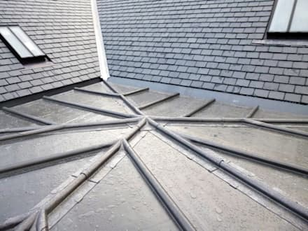 Lead detail on roof:  Detached home by dwell design