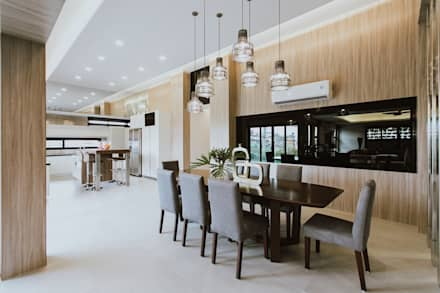 MG House: modern Dining room by Living Innovations Design Unlimited, Inc.