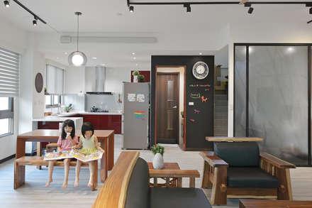2016台中李宅 - 大透天住宅設計:  餐廳 by 森畊空間設計