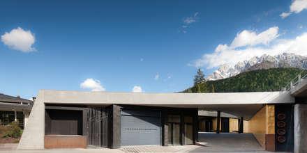 Fondazione Kraler: Sedi per eventi in stile  di Studio Marastoni