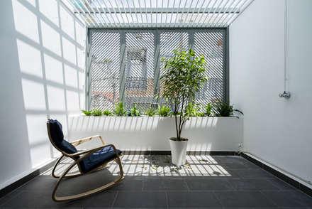 Terrace by Công ty TNHH Xây Dựng TM DV Song Phát
