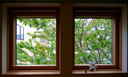 Wooden windows by 株式会社 ATELIER O2