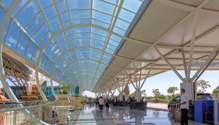 Bali Ngurah Rai International Airport:  Lapangan terbang by Wisma Sehati