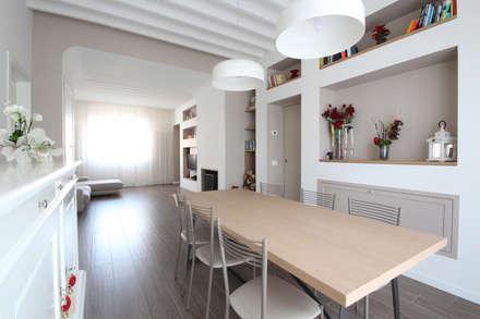 Arredamento in Stile Country Moderno: Sala da pranzo in stile In stile Country di JFD - Juri Favilli Design