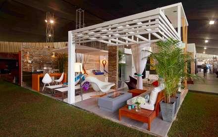 Salon: LOFT DE PLAYA: Casas de estilo moderno por EPG  Studio