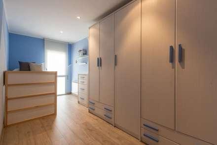 Dormitorio infantil: Dormitorios infantiles de estilo moderno de Redecoram Home Staging