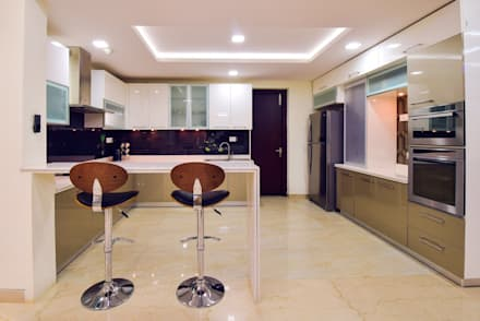 Kitchen: Modern Kitchen By Team Kraft