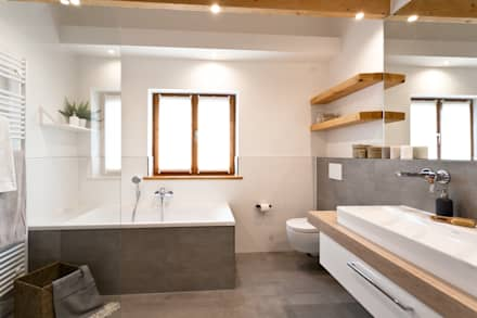 rustic Bathroom by Banovo GmbH
