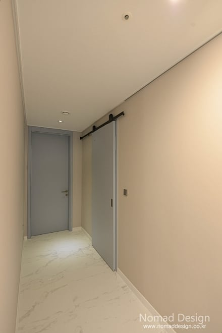 Inside doors by 노마드디자인 / Nomad design