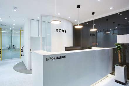 분당 수내동 CTMS 학원: 한디자인 / HAN DESIGN의  서재 & 사무실