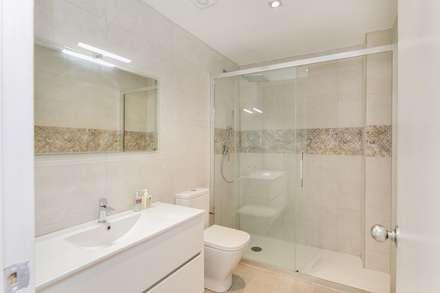 mediterranean Bathroom by Gramil Interiorismo II