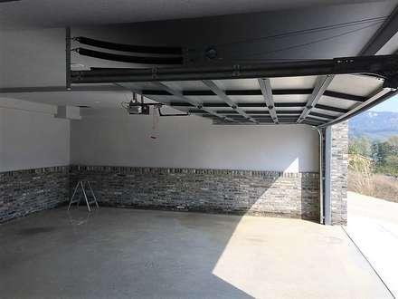 봉곡리주택: 건축사 사무소 YEHA의  차고