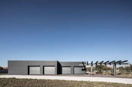 minimalistic Garage/shed by PAULO MARTINS ARQ&DESIGN