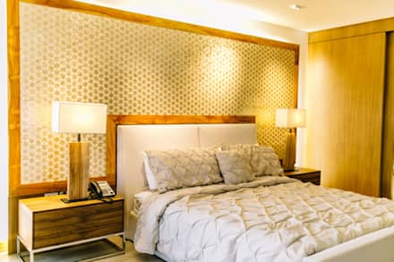WW House: minimalistic Bedroom by Living Innovations Design Unlimited, Inc.