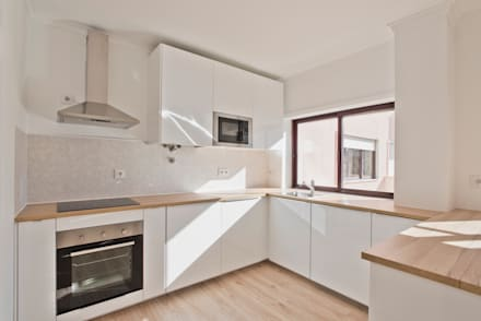 Kitchen units by menta, creative architecture