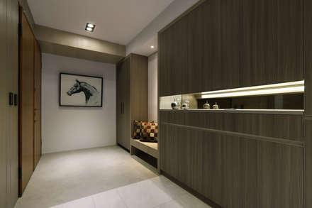 人文自然派的no.229舍-場景-客廳:  走廊 & 玄關 by 喬克諾空間設計