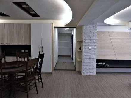 清質暖居:  走廊 & 玄關 by 喬克諾空間設計