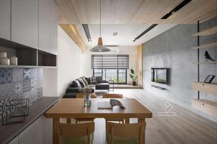 scandinavian Dining room by 極簡室內設計
