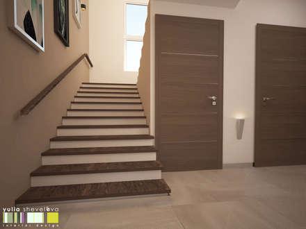 Escaleras de estilo  por Мастерская интерьера Юлии Шевелевой