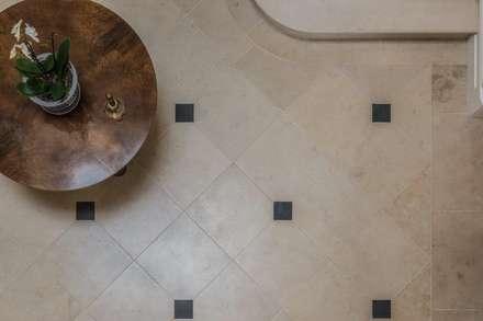 Lincolnshire Limestone Cabochon Flooring:  Corridor & hallway by Artorius Faber