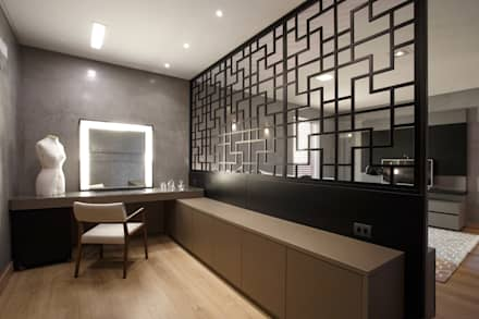 Residência e interiores  TDC- ÁREA 420m²: Quartos  por Etni Arquitetura