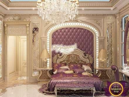 Fashionable interior design of Katrina Antonovich: eclectic Bedroom by Luxury Antonovich Design