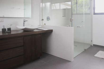 ห้องน้ำ by Molcajete Arquitectura Interiores Diseño