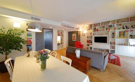 Red Passion: Sala da pranzo in stile in stile Minimalista di studio ferlazzo natoli