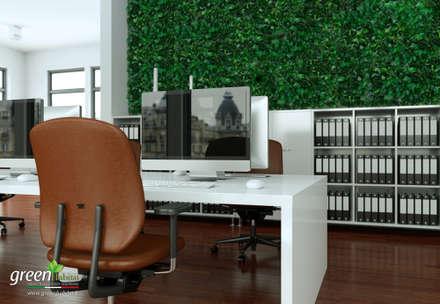 Rivestimento dell'intero ufficio con Wall forest Hedera: Studio in stile in stile Industriale di Green Habitat s.r.l.