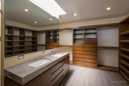 Vestidores y closets modernos ideas homify Diseno de interiores recamara principal