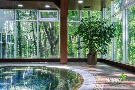 SPA GIARDINO VERTICALE VERDE VIVO: Spa in stile in stile Asiatico di Green Habitat s.r.l.