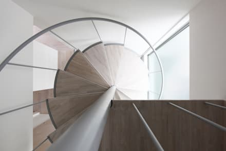 藤沢の家: (有)中尾英己建築設計事務所が手掛けた階段です。