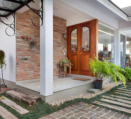 أبواب رئيسية تنفيذ Maciel e Maira Arquitetos