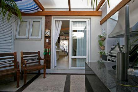 Jardins de Inverno tropicais por Maciel e Maira Arquitetos