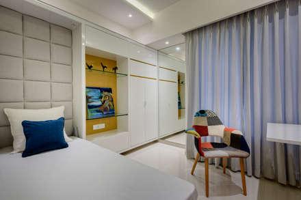 Kid's bedroom: minimalistic Nursery/kid's room by Spaceitup