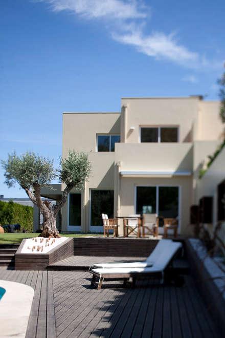 حديقة Zen تنفيذ SHI Studio, Sheila Moura Azevedo Interior Design
