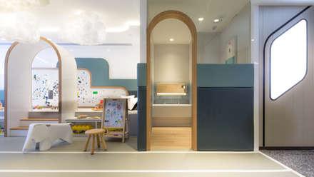 Playgroup: modern Bathroom by Artta Concept Studio