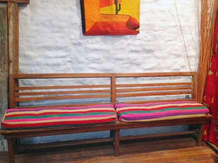 Decoración de espacios: Livings de estilo rural por Nativo Argentino